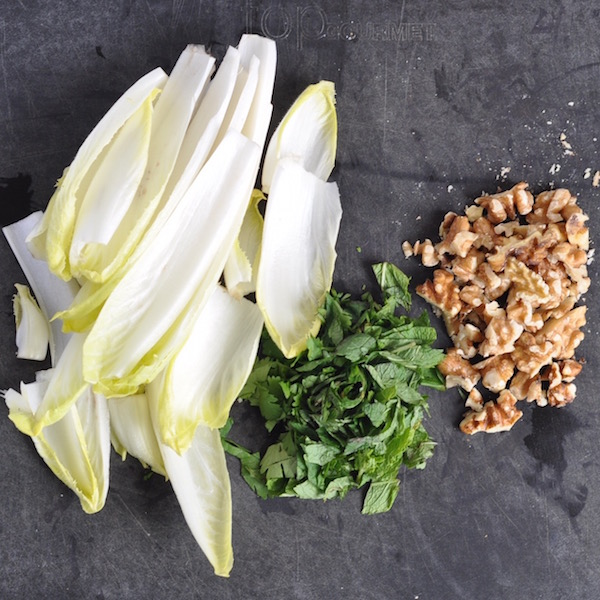 chicory, mint and wlanuts 600px