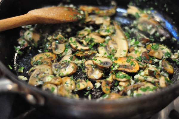mushrooms with gremolata 600px