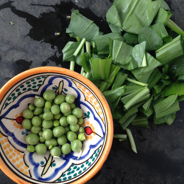 peas and chopped wild garlic 600px