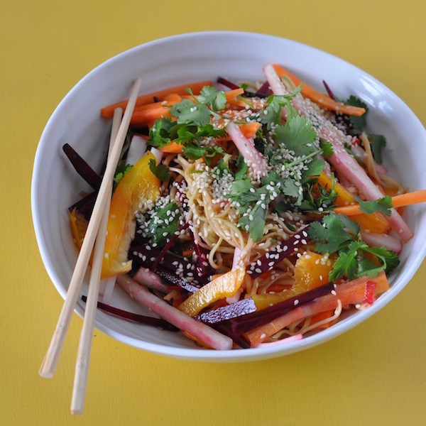 asian noodle salad angle 600px.jpg