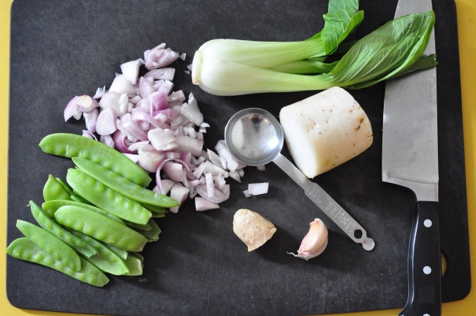 veg on chopping board 1600px